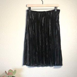 Sanctuary Black Velvet skirt Small NWT